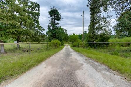 28110 Clint Neiddgk Rd, Magnolia, TX 77354-01